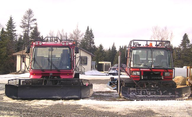 Pisten Bully snowmobilt trail groomers in Kokadjo